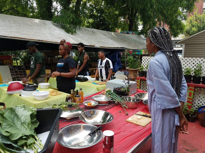Applications available for Hattie Carthan Urban Agriculture Corp Youth Farmer/Chef for 2018, Due Jun