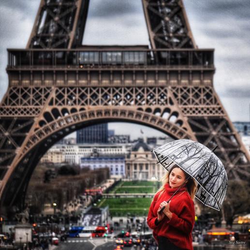Jenta_i_rødt-1.jpg