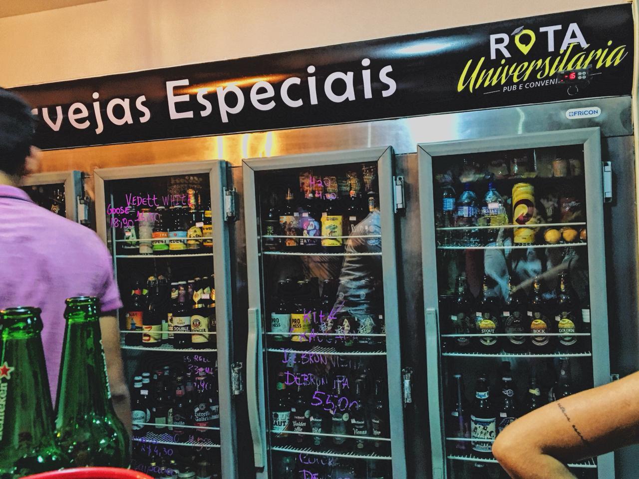 Variedade nas bebidas é um atrativo do bar/conveniência. Foto: Maryana Teles/Coletivo f8