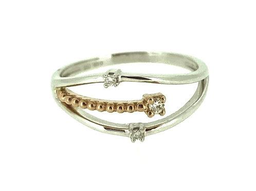 Three Diamond Wave ring