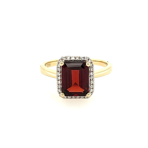 Garnet Octagon and Diamond Cluster Yellow Gold ring