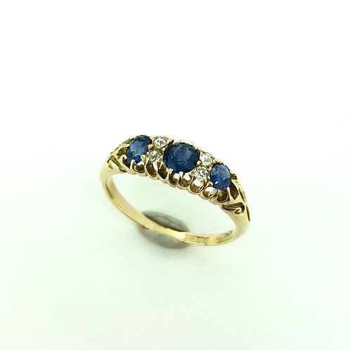 Vintage 18ct gold Sapphire and Diamond ring 1900
