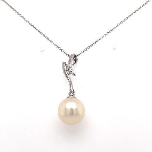 Freshwater Pearl Round and Diamond Swirl White Gold pendant