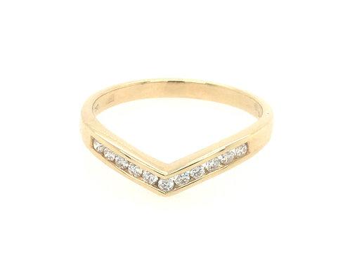 Diamond Shaped 18ct Yellow Gold Eternity ring
