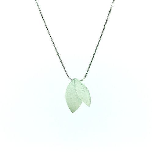 Double leaf silver pendant