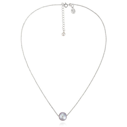 Essential silver pearl necklace