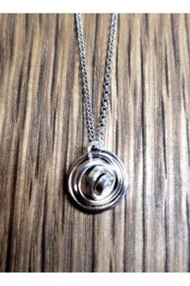 Q mini silver pendant