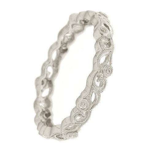 Vintage style floral diamond ring