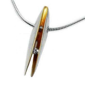Front Shell Diamond pendant