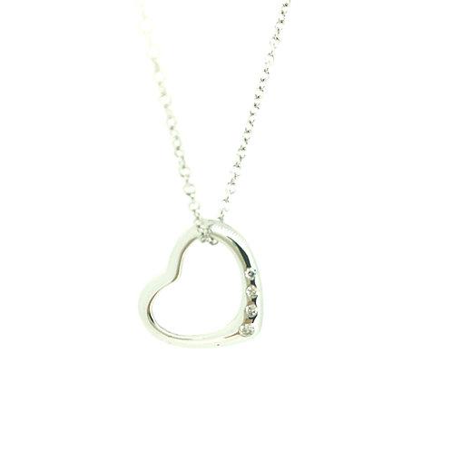 Diamond in White gold pendant on gold chain