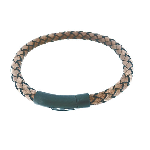 Cognac black edged leather bracelet with black IP plate clasp