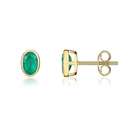Emerald Oval Yellow Gold stud earrings