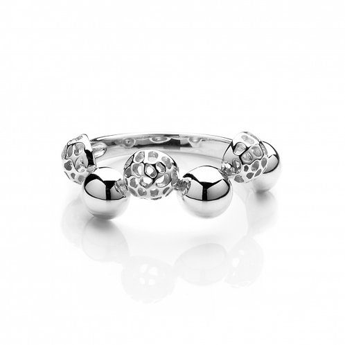 Bubbly ring