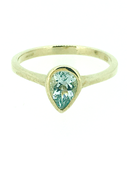 Aquamarine pear gold ring