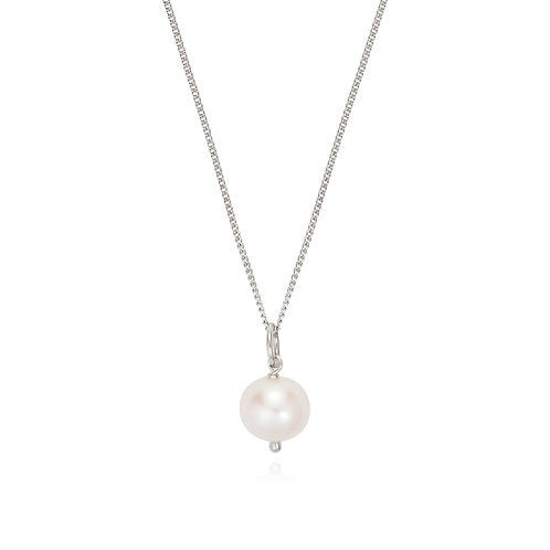 Essential Long Pearl pendant