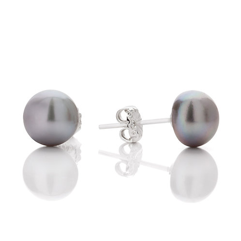 Button silver pearl stud earrings