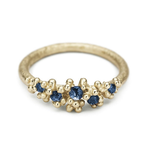 Sapphire ring with granules
