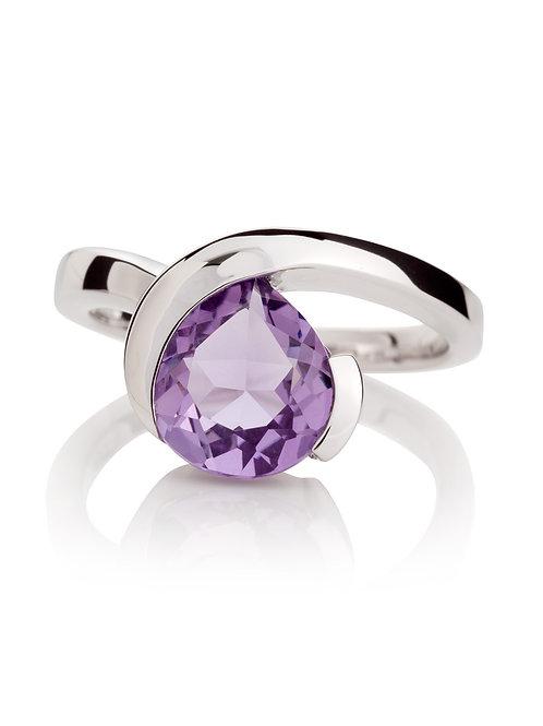 Sensual amethyst silver ring