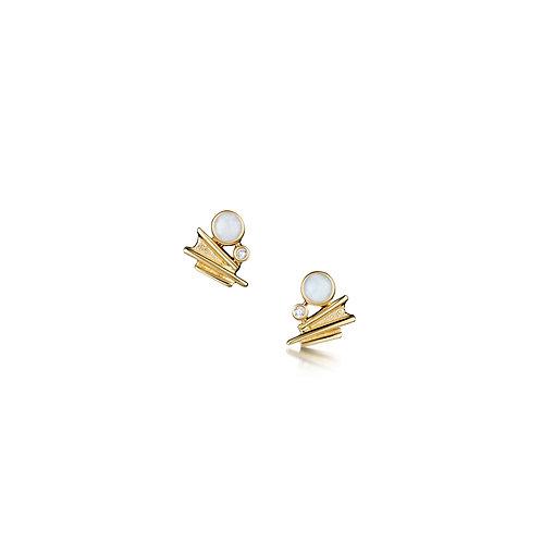 Moonlight in gold stud earrings
