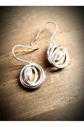 Q drop earrings