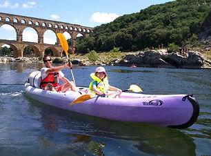 canoe-pont-du-gard-bmg-900x675.jpg