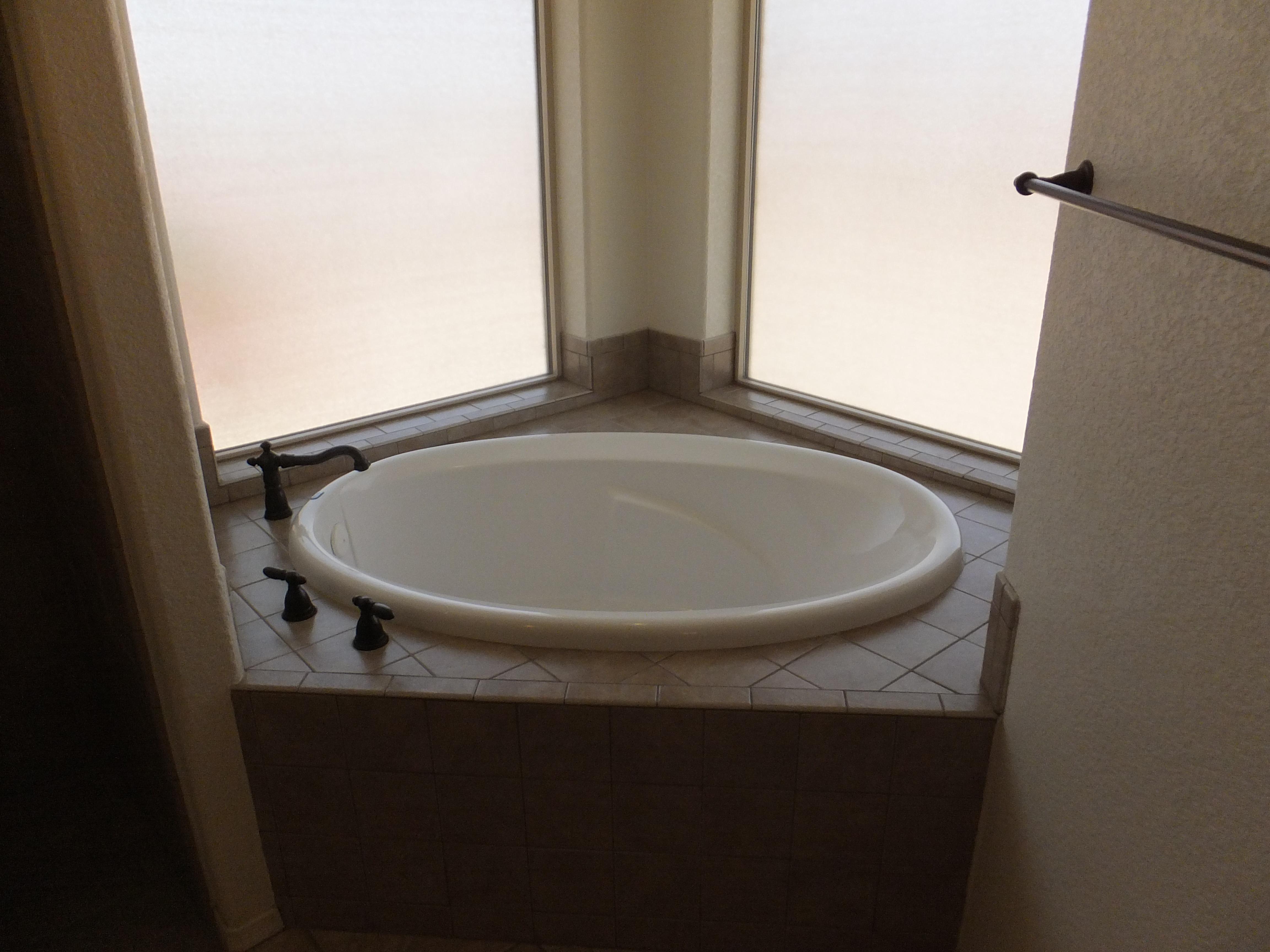 11501 tub