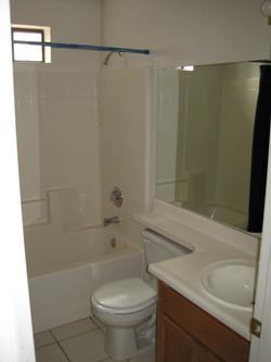 2183 Hall Bath