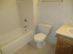 4331 Hall Bath