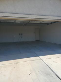 2925 Garage