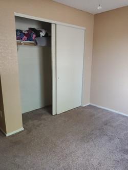 11467 Bed2 Closet