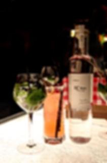 le bar à cocktail rétha