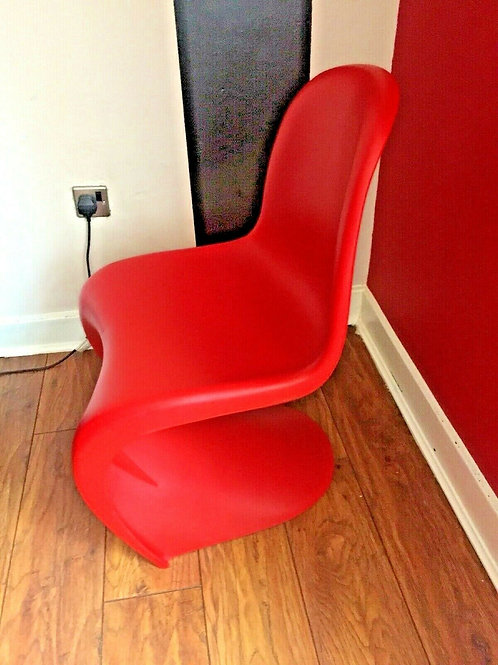 VERNER PANTON INSPIRED S SHAPED CHAIR