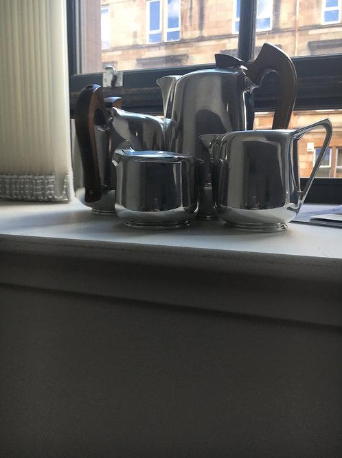 PICQUOT WARE TEA / COFFEE SET