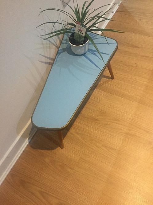 GERMAN TRI CORNER SHAPEPLANT TABLE