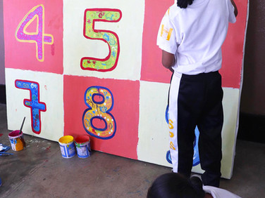 Painting the numbers chart for the frist class