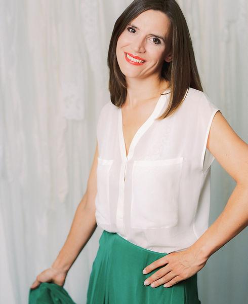 Modetexte mit Niveau: Martina Müllner-Seybold ist als Modejournalistin seit fas 20 Jahren in der Fashion-Branche aktiv. Die Expertin schreibt mit Ihrem Team professionellen Content. Garantiert auf jeden Kunden individuell abgestimmt.