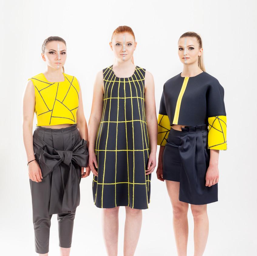 Modefolder_großes_Bild_außen_c_Modeschule_Hallein