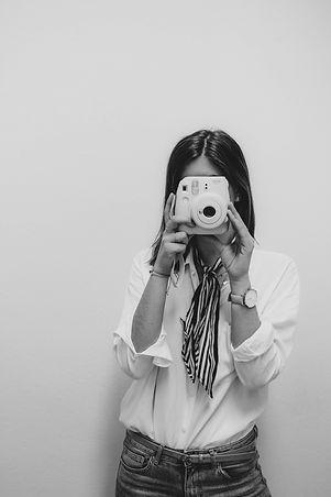 Ob kraftvoller Mode-Blog, packende Newsletter, anspruchsvolle Facebook- und Instagram-Posts oder Video- und Audiocontent: Mit redaktionellem Social Media Content von ueberMODE sprechen Sie Ihre Zielgruppe an.