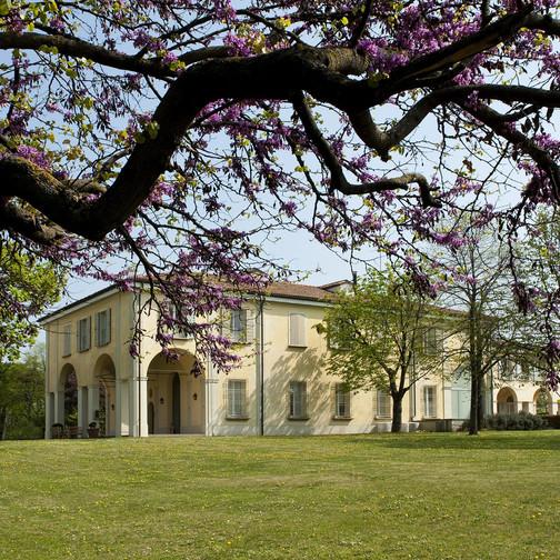 In Bologna, wo alles begann, hat Furla seine Büros in einer Villa aus dem 18. Jahrhundert.