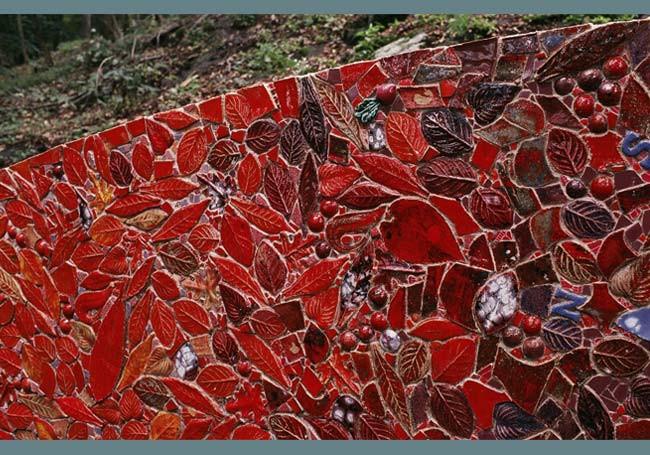 Weeping Rock, front, left side (detail)