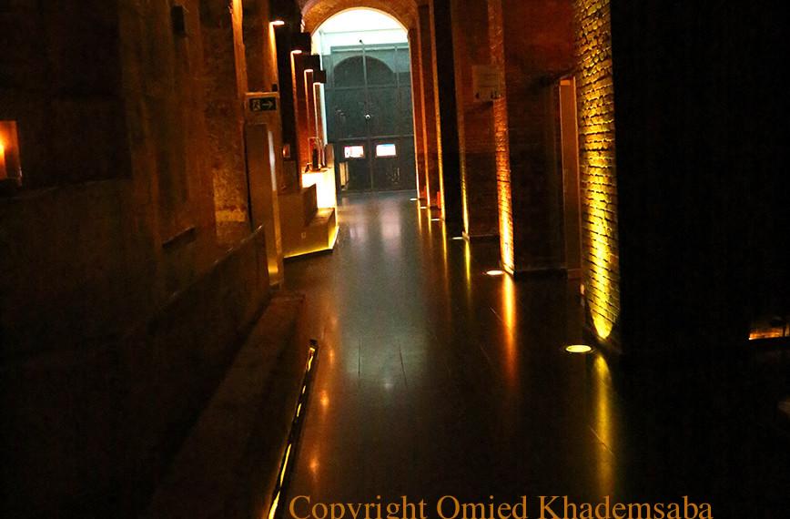 Betrunkener Korridor