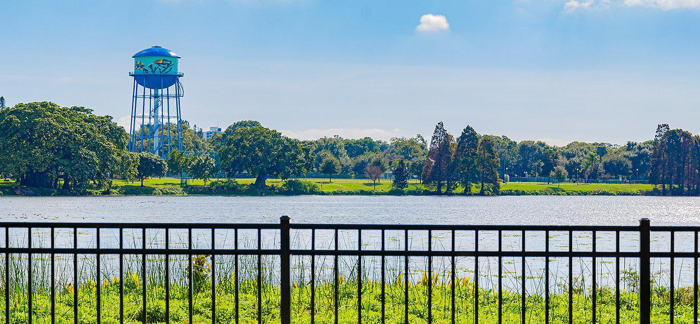 Crescent Lake watertower.jpg