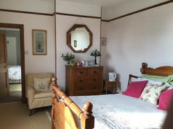 Double bedroom with adjoining twin room.