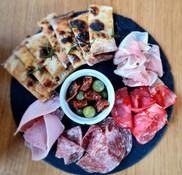 Deli Vinothec Social Meat platter