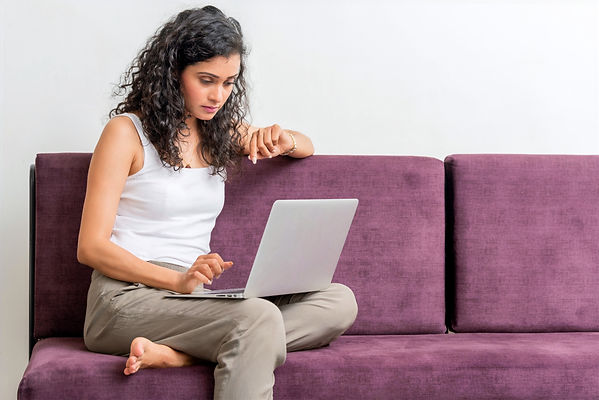 Woman%20with%20Laptop_edited.jpg