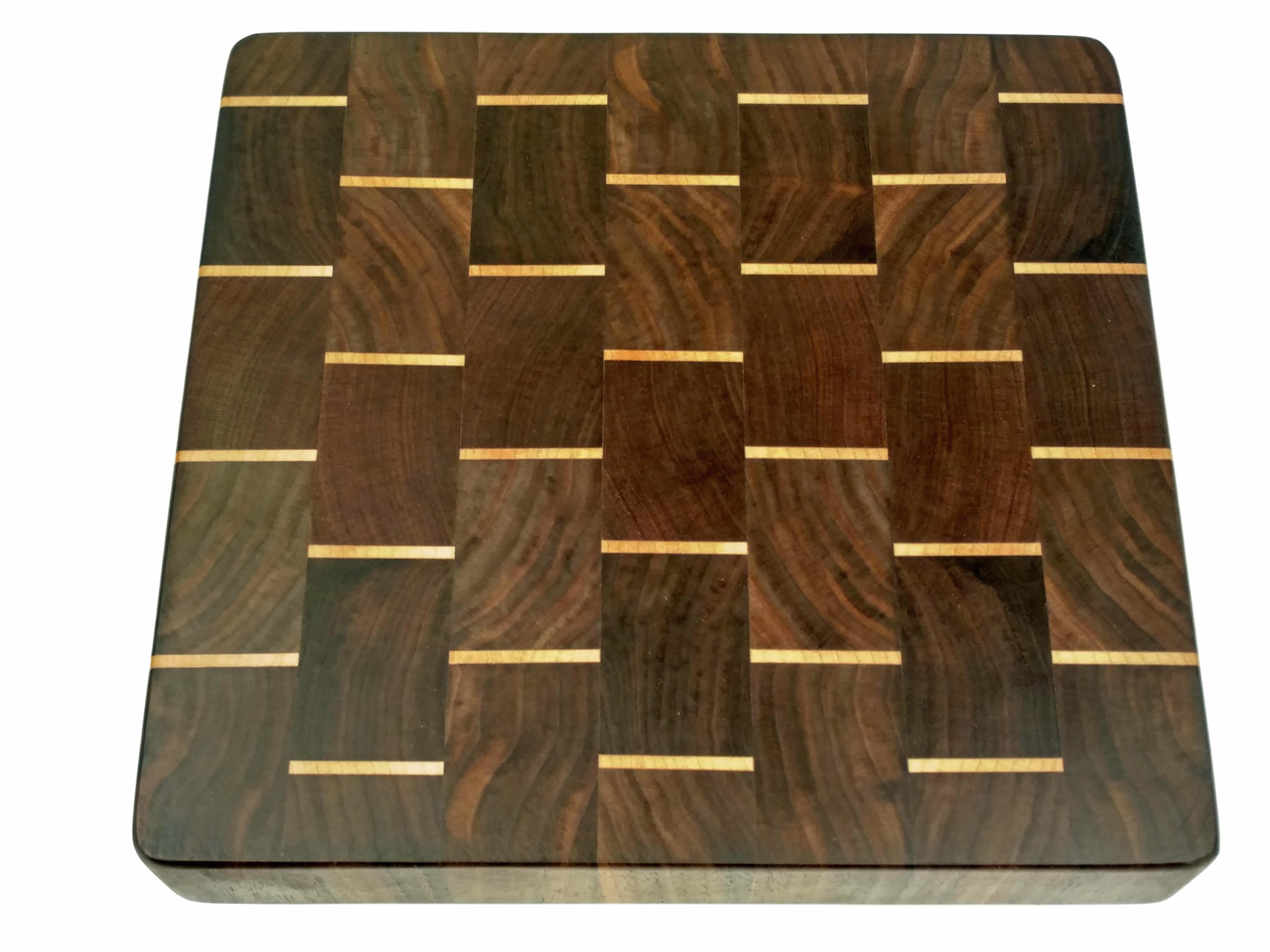 Cutting Board | Walnut w/ Maple