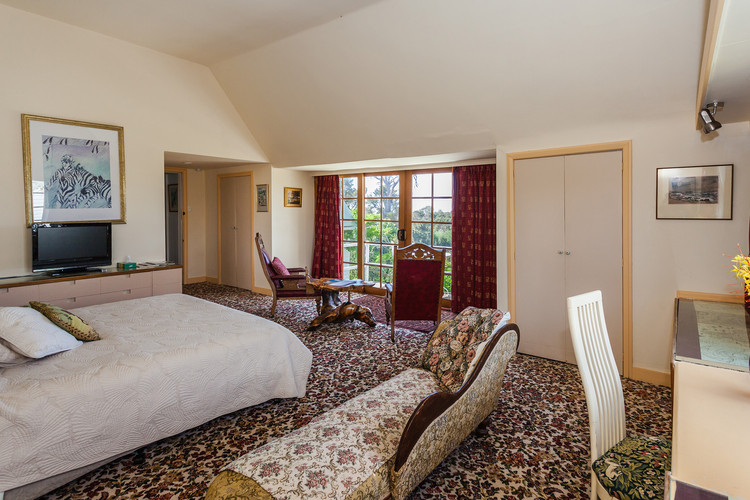 Hotel near Devonport Tasmania