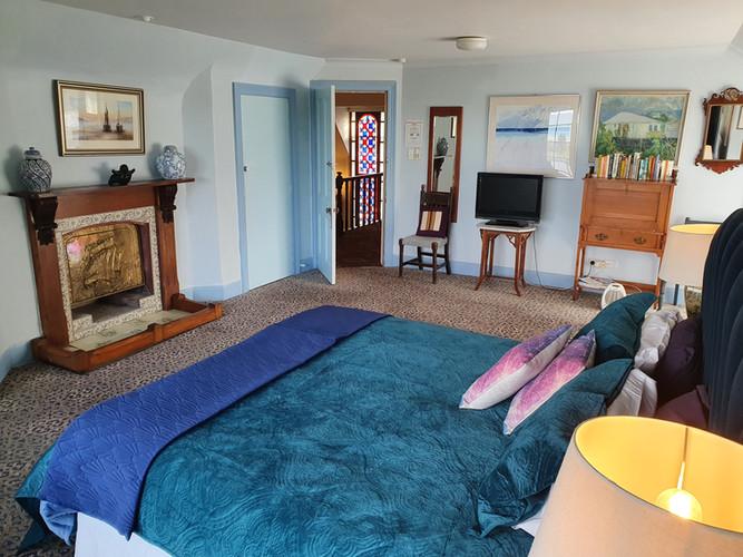 Blue Room King size bed