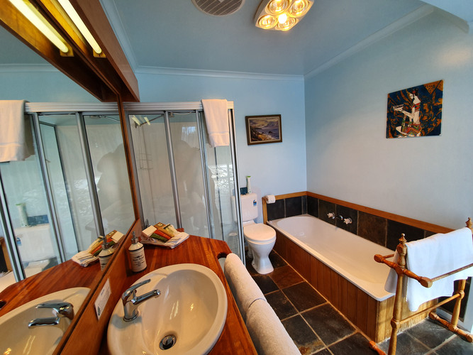 Hawley Governess Ensuite