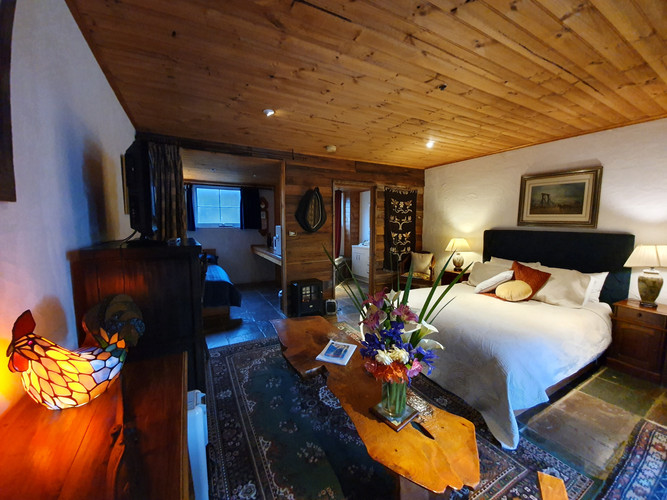 Stables Spa accommodation Hawley House